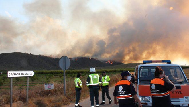 El incendio de Agramón, declarado de nivel 1, continua activo