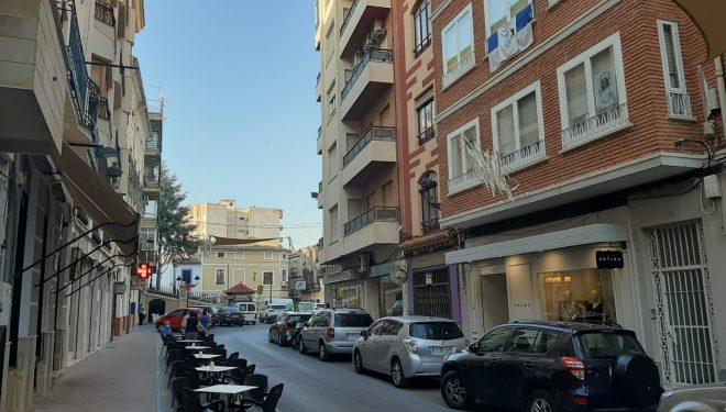 Las terrazas al aire libre de bares y restaurantes tendrán que cerrar a la 1 de la madrugada