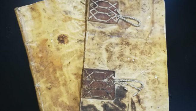 El Archivo Municipal adquiere dos libros manuscritos históricos referentes a Hellín