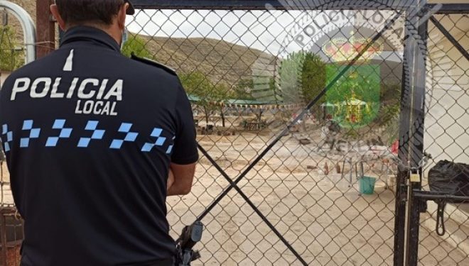 Ramón García pide responsabilidad a los vecinos para que se pongan en contacto con la fuerzas de seguridad del Estado