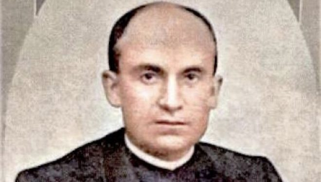 Actos en recordatorio de la muerte del sacerdote Fortunato Arias