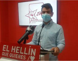 Juventudes Socialistas de Hellín, reivindica los derechos del colectivo LGTBI