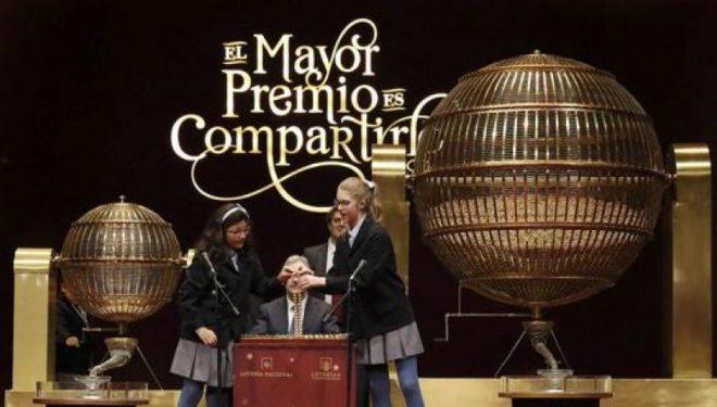 264.000 euros han tocado en Hellín en el sorteo de la Lotería de Navidad