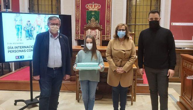 Julia Ibáñez ganadora del concurso de relato convocado para conmemorar el Día de la Discapacidad