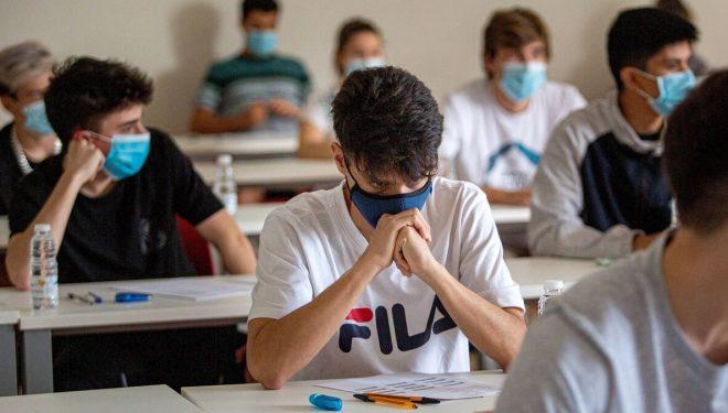 JJ.SS de Hellín piden mejores condiciones para llevar a cabo los exámenes en la Universidad de Murcia
