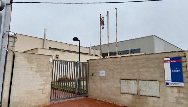 Vacunación masiva anti Covid-19 en el CP La Olivarera