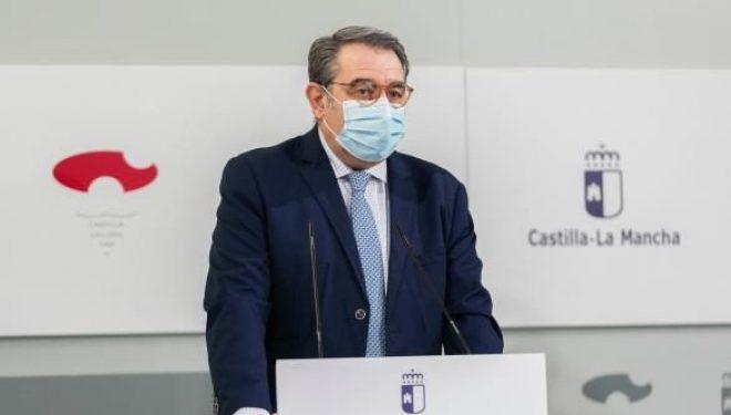 El consejero de Salud de Castilla-La Mancha, Jesús Fernández, ha comunicado que en la región continuarán durante 10 días más las medidas anti Covid-19