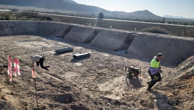 Ramón García y Julián Martínez visitan las obras de construcción de la depuradora de Agramón