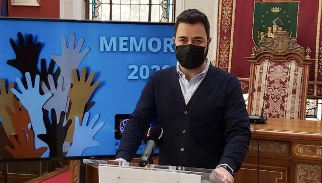 Emilio J. Pinar quiso poner en valor el trabajo realizado por los Servicios Sociales del Ayuntamiento en el último año