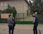 El Partido Popular reclama un porche en el colegio Santiago Apóstol de Isso