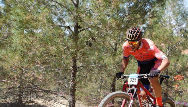 Alberto López, líder absoluto del circuito Open de Castilla-La Mancha