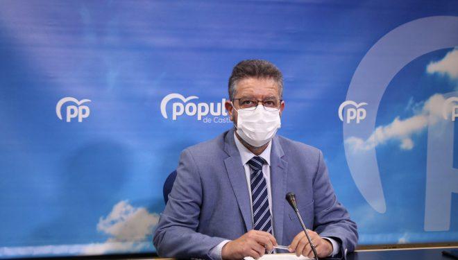 """Juan Antonio Moreno Moya acusa a Emiliano García- Page de utilizar la campaña de vacunación para """"lavar su imagen"""""""
