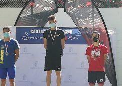 La Natación hellinera logró siete medallas en el Campeonato Regional