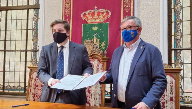 El Gobierno regional y el Ayuntamiento de Hellín solicitan al MITMA que no se suspenda la línea de tren convencional Chinchilla de Montearagón-Cartagena