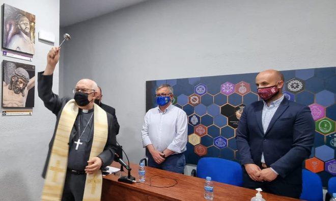 Ceremonia religiosa de la bendición de las nuevas dependencias de la sede.
