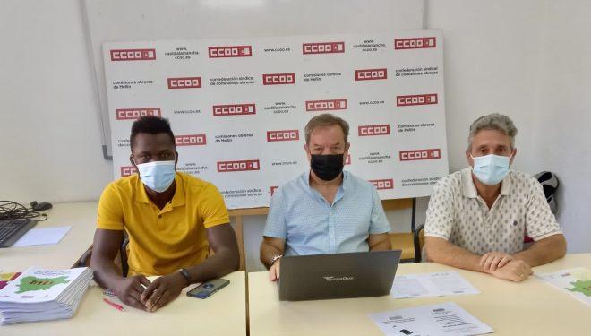 CO.OO edita una guía de recursos para personas migrantes