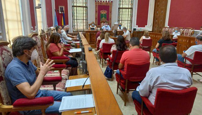 Ciudadanos deja su moción sobre la mesa y el Partido Popular retira la suya