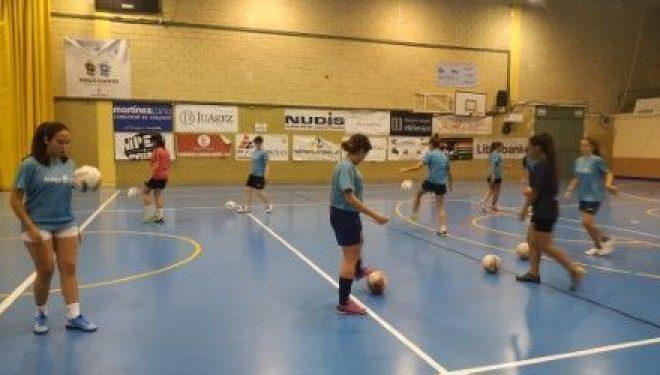 Tras 20 años, vuelve el Fútbol-11 femenino a Hellín