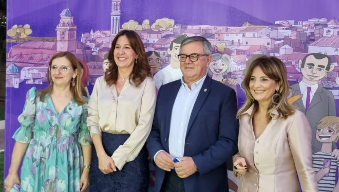 La consejera de Igualdad participa en las actividades de la Feria de Hellín dedicadas a las mujeres y la igualdad