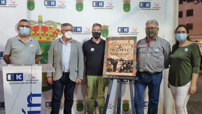 Presentación del cartel anunciador del Mercado Medieval